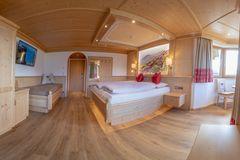 Zimmer der Tannenalm, © becknaphoto